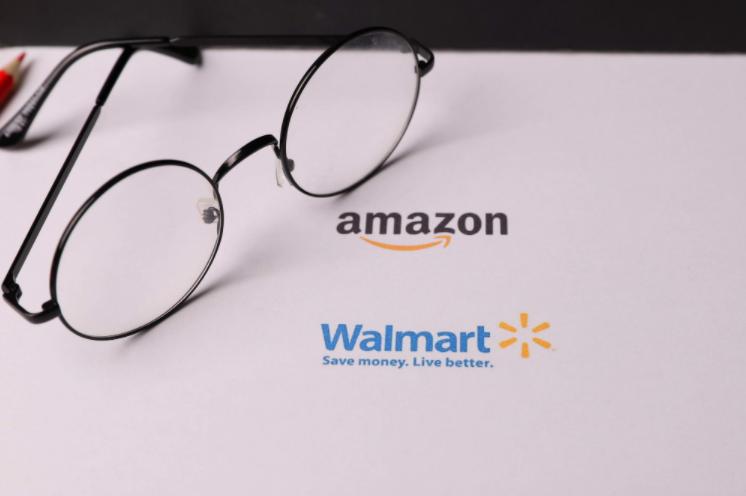 投资平台均传上市,亚马逊与沃尔玛难分仲伯